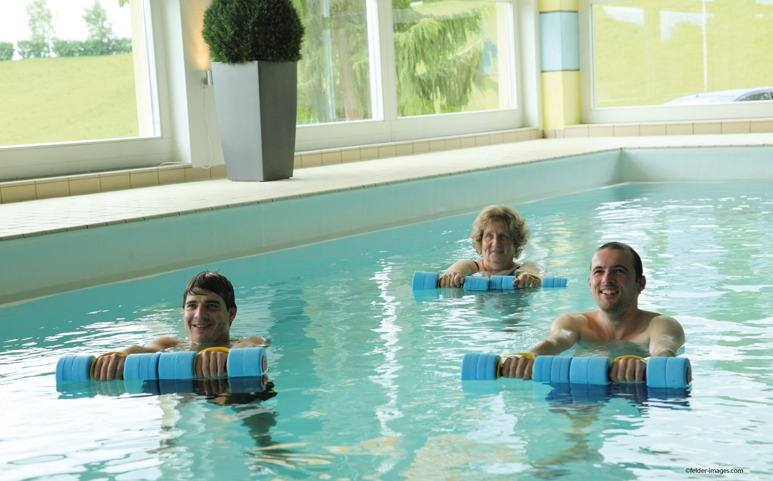 Bad Ramsach Quellhotel_Laeufelfingen_Wellness Pool