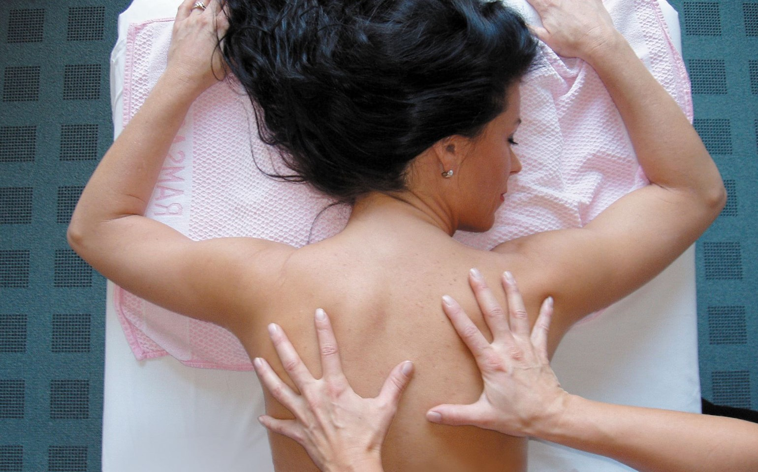 Bad Ramsach Quellhotel_Laeufelfingen_Wellness Massage