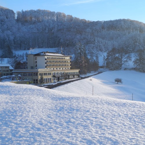 Bad-Ramsach-Quellhotel_Laeufelfingen_Winter_2.jpg